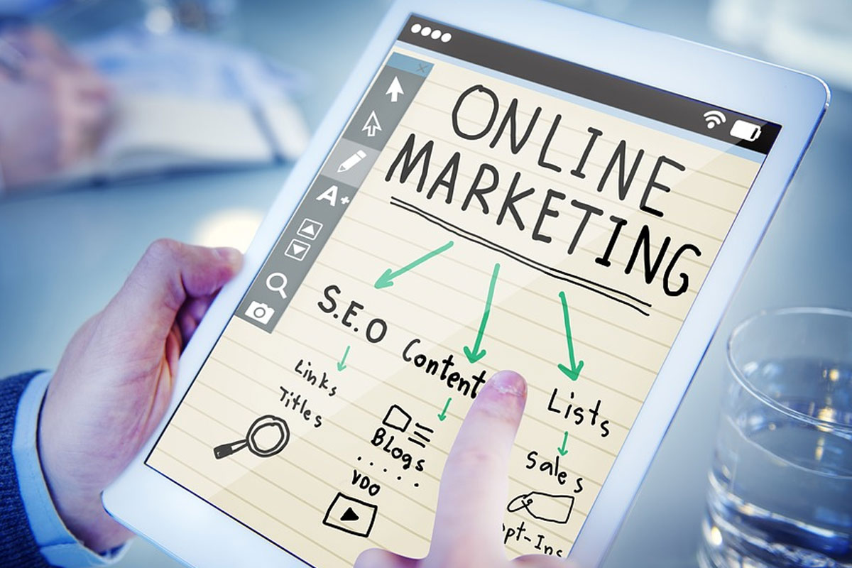 Top 5 Online Marketing Tools to End Your Insomnia
